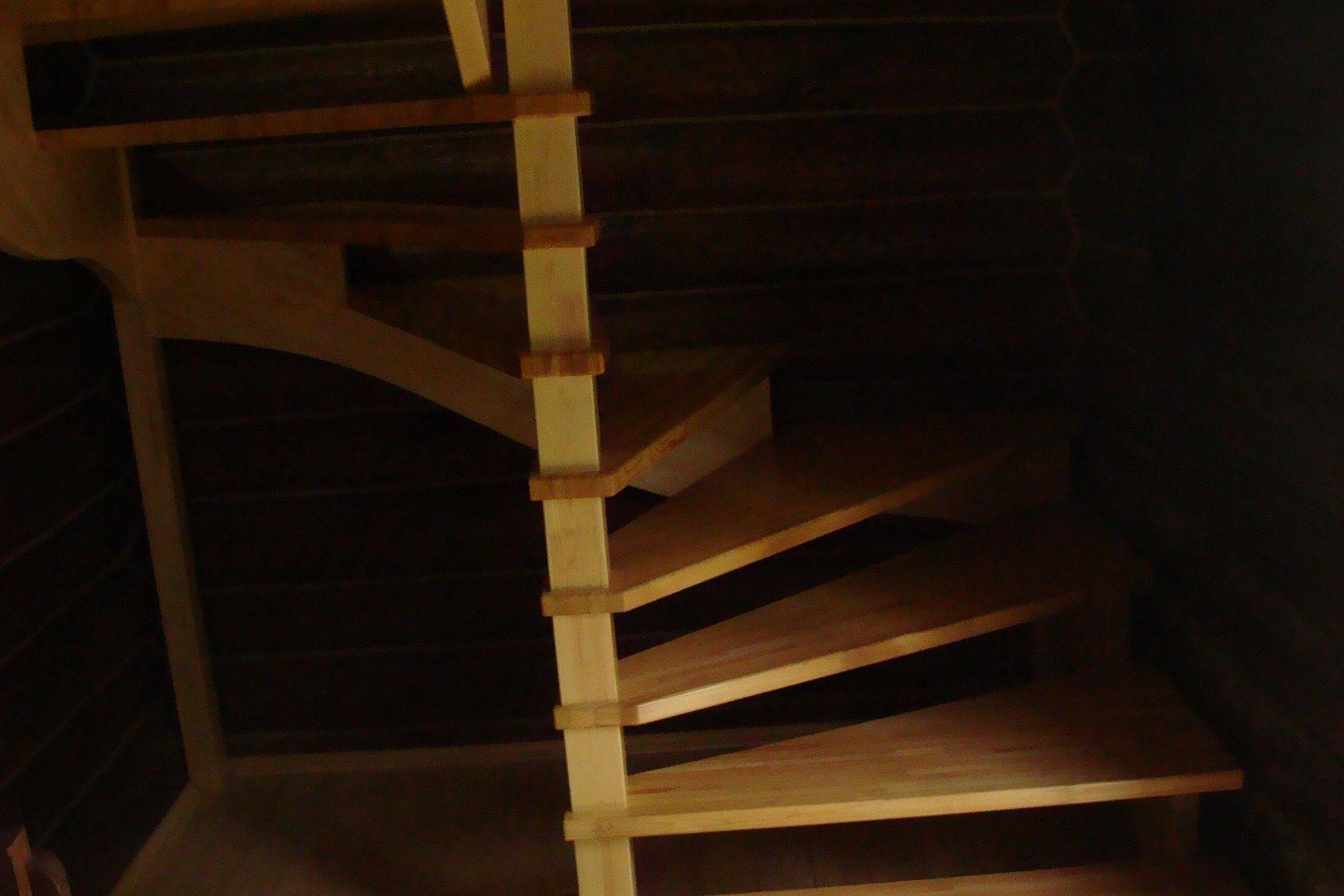 Лестница полувинтовая своими руками фото